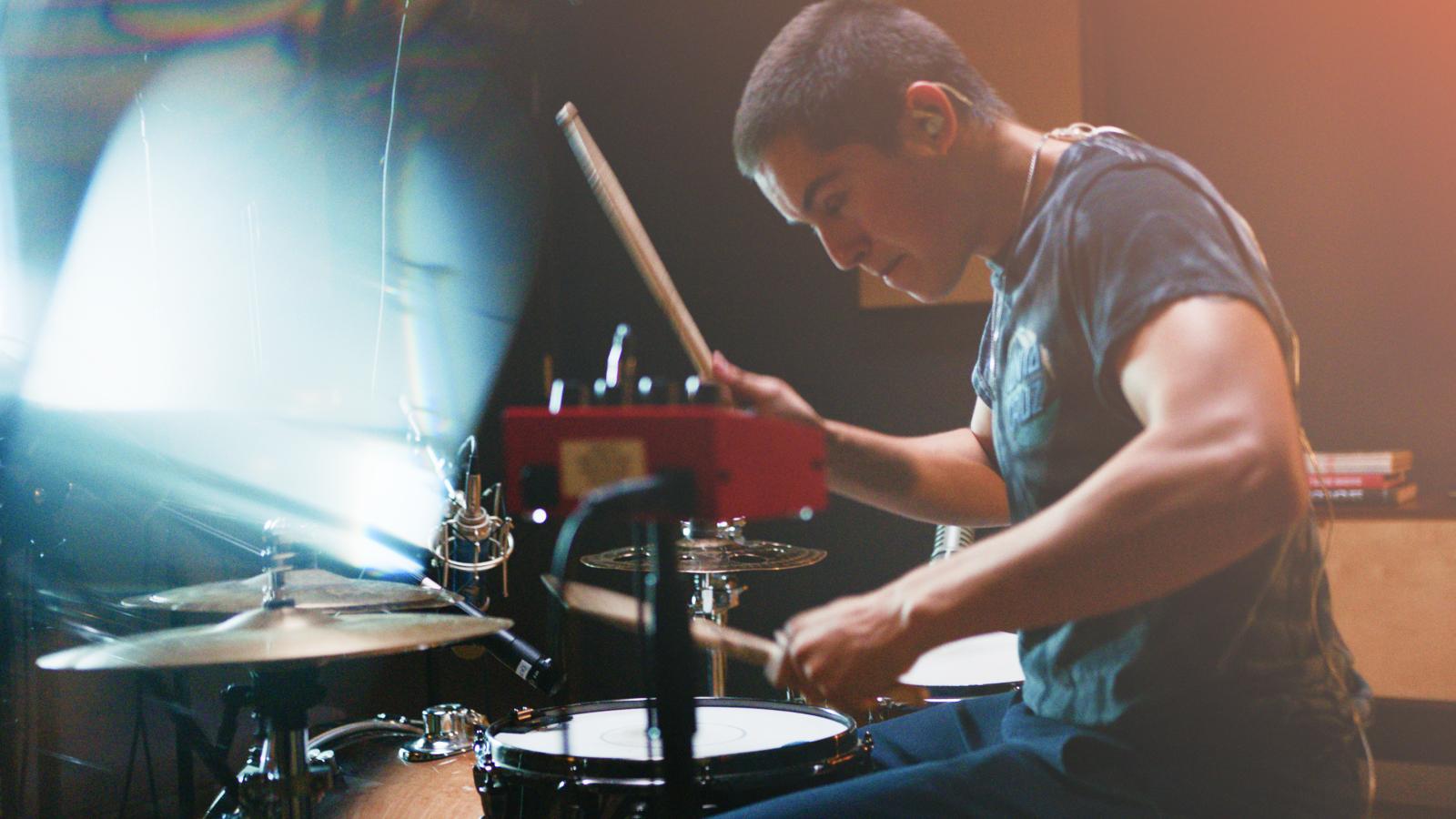 How To Record Hip-Hop Drum Samples With Daniel Gallardo